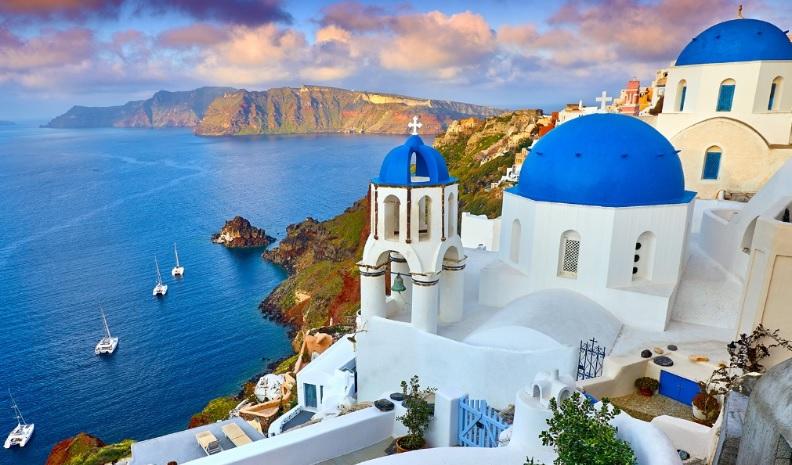 Vacation to Santorini Greece